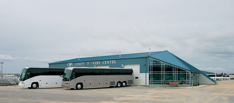 With the 2003 closing of the plant in Sahagun, Mexico, MCI concentrated most of its production at an improved Fort Garry facility. One major improvement was a coach finishing facility with state-of-the-art painting facilities and a final inspection point. Shown here is the second improvement, an 8,040-square foot Delivery Center where customers can come to pick up their new coaches.
